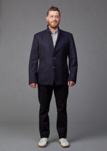 Klassisches Herrensakko aus österreichischem Merinoloden in dunkelblau von Jürgen Brand Fair Fashion