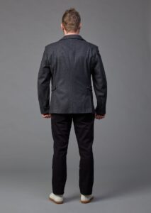 Klassisches Herrensakko aus österreichischem Merinoloden in dunkelgrau von Jürgen Brand Fair Fashion